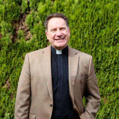 Rev. Dr. Douglas Schoelles